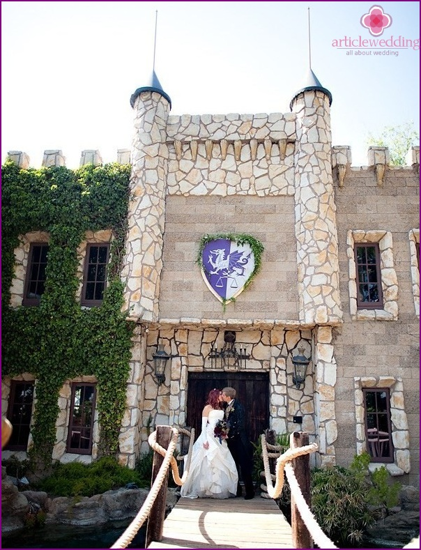 Renaissance style wedding