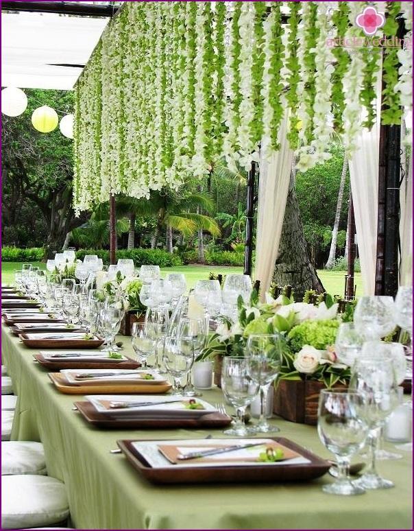 Wedding in green