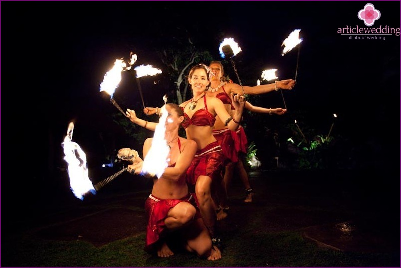 Fire show for the wedding