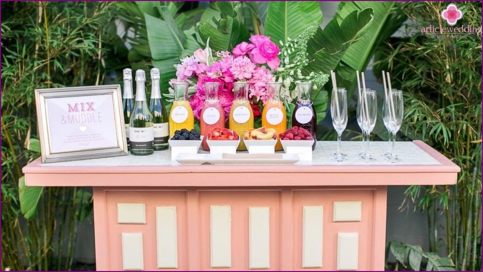 Wedding cocktail bar