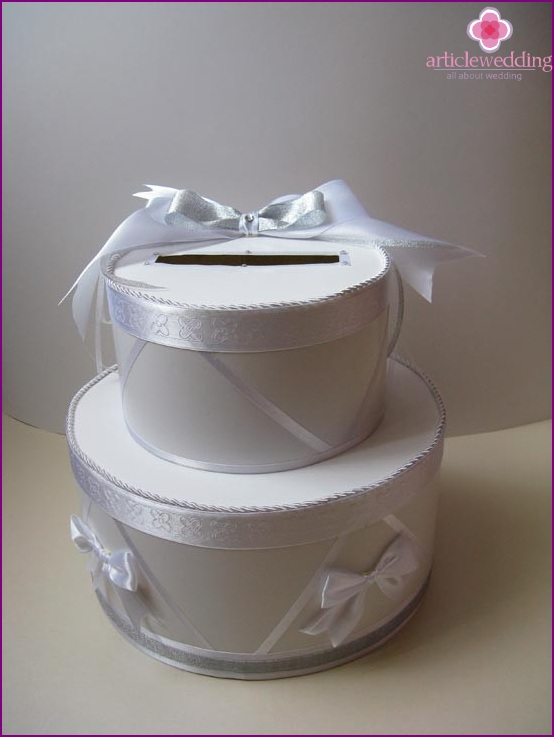 Gift box - an indispensable wedding accessory