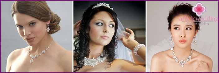 Wedding necklace from beads on brides