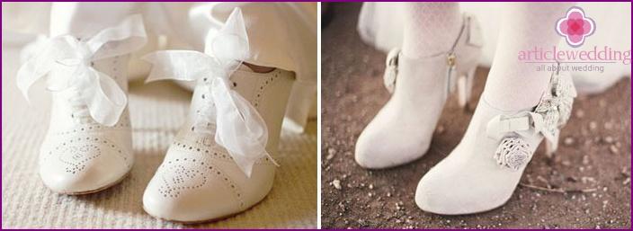 Ankle boots - versatile shoes