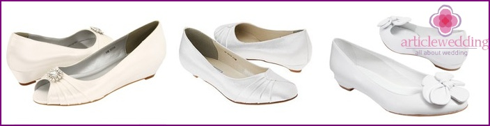 Shoes for the bride on a low run