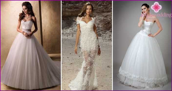Deep Neckline Wedding Dress