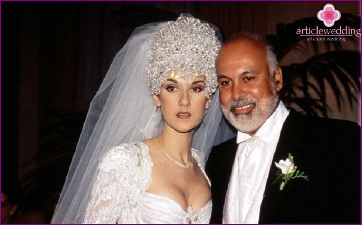Horrible wedding crown Celine Dion