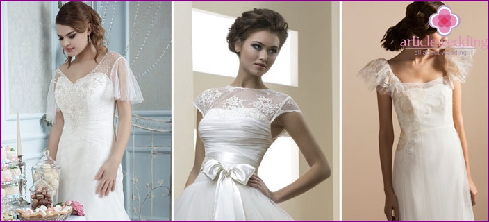Sleeve wing on a wedding dress