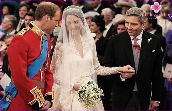 Ärmelkleid für die Hochzeit Kate und William
