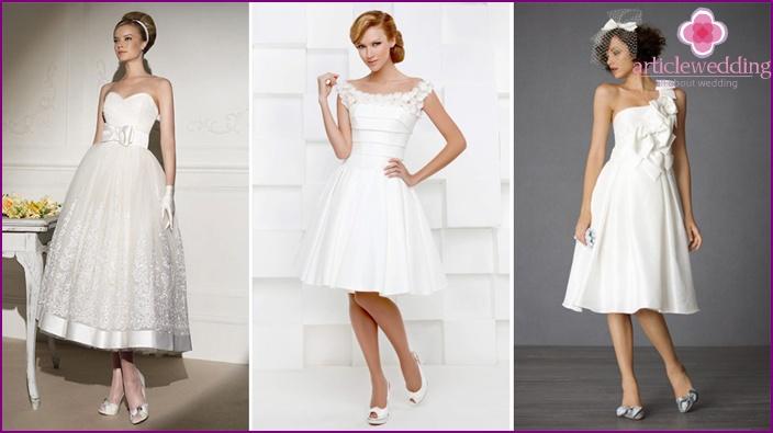 Simple cut wedding clothes