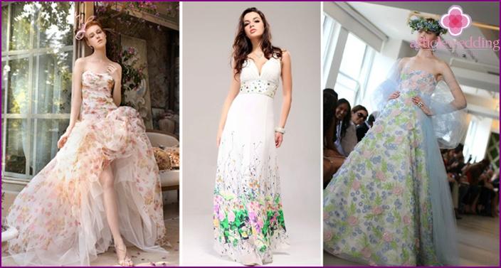 Boho wedding dress with floral motifs
