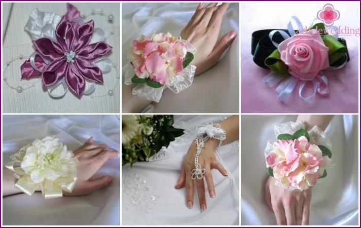 Artificial flowers in the bride's wedding bracelet