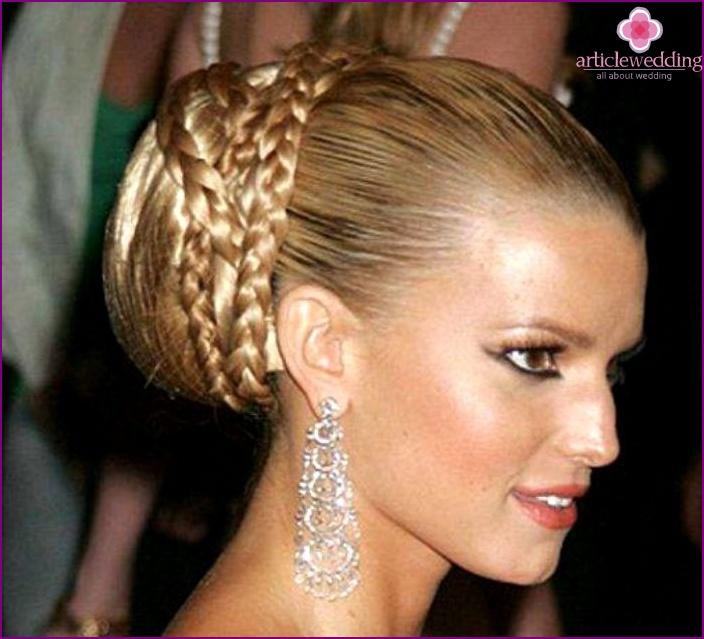 A bunch of braided braids for a wedding