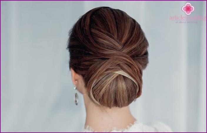 A bundle of medium hair for a wedding ceremony