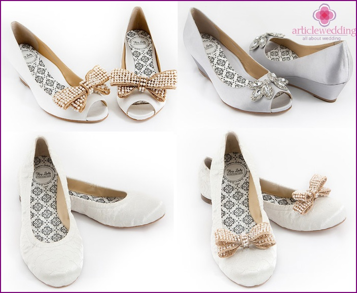 Charming shoes for the bride in position