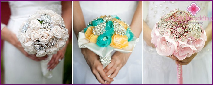 Bride with a brooch bouquet