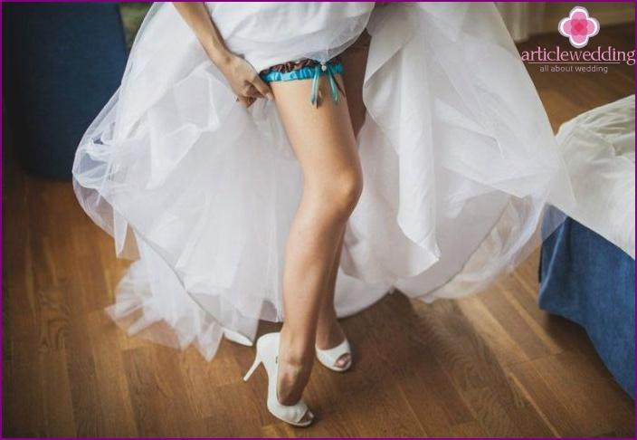 Bride garter