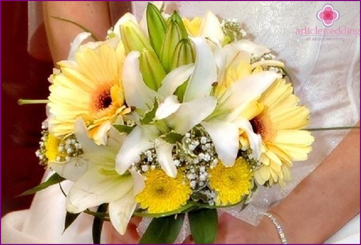 Portbuketnitsa-microphone for a bouquet of lilies
