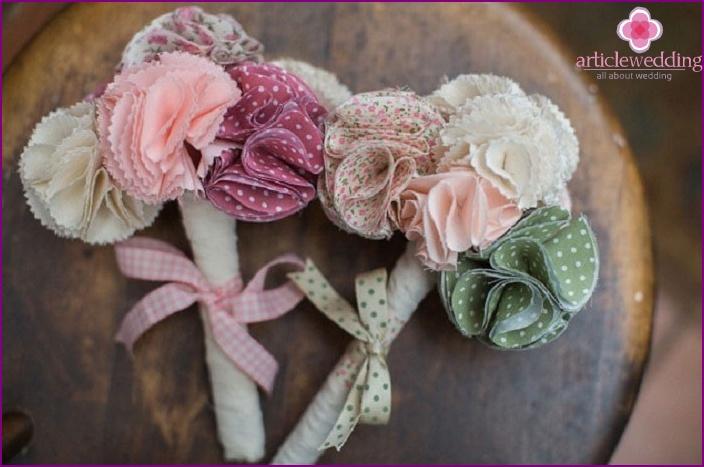 Original bouquets for friends