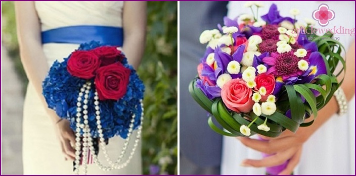 Red with blue: wedding flower arrangements