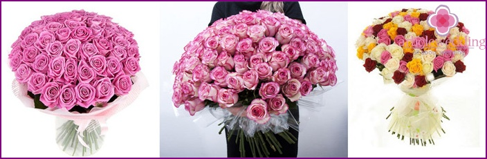 Wedding mono-bouquet with luxurious roses
