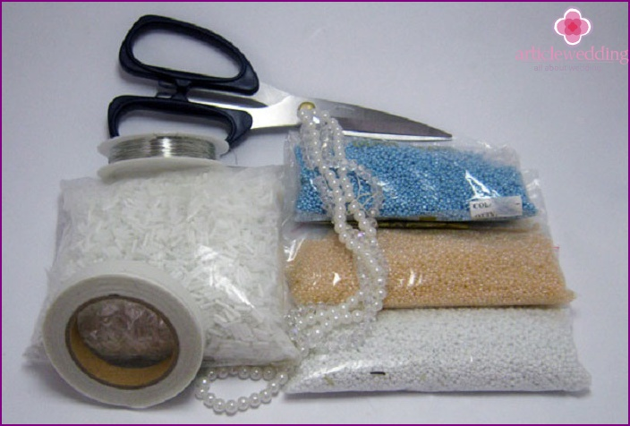 Materials for the decor of flowers of the bride: beads, beads