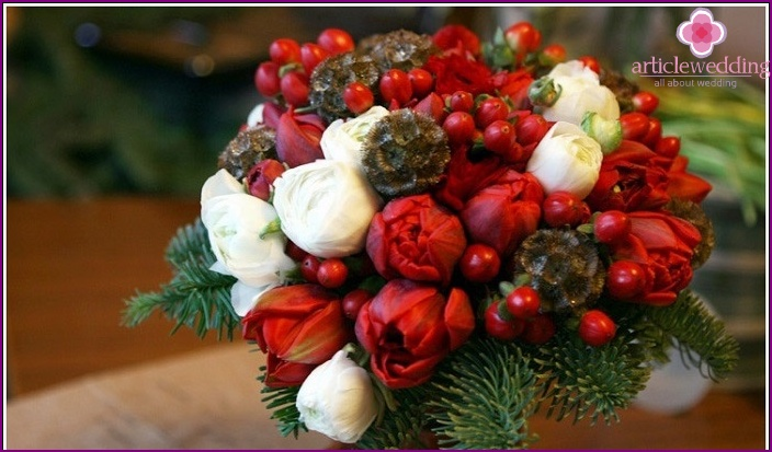 Newlyweds winter bouquet: peonies and fir branches