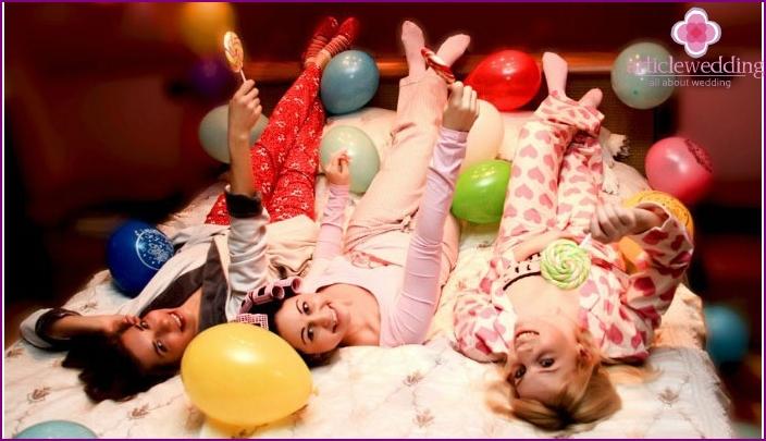 Kuva: Pajama Party Bachelorette Party