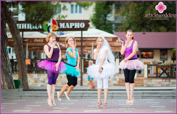 Where to spend a bachelorette party: a walk