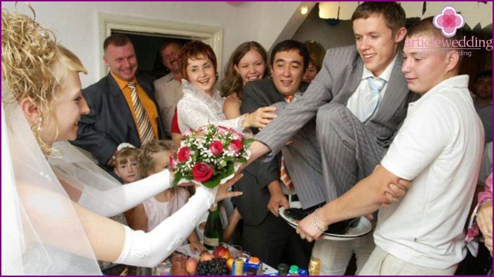 Wettbewerb: Bräutigam in einem Becken bei einer Hochzeitsfeier
