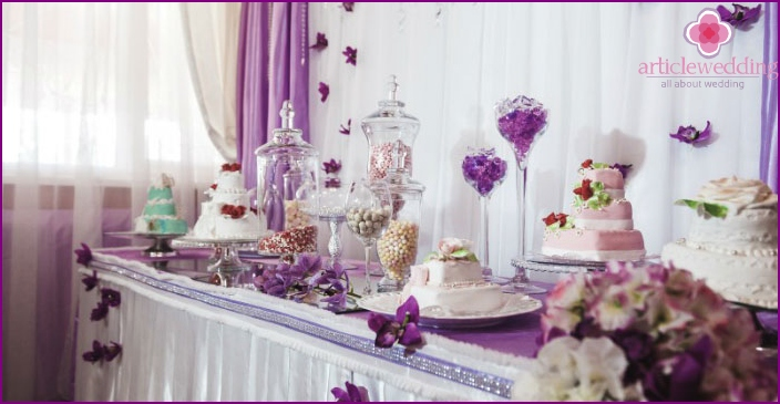 Decoration of the wedding celebration with fabrics