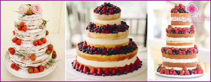 Berry Wedding Cake Decor