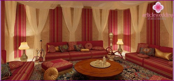 Shisha-Zimmer in einem Hochzeitsort
