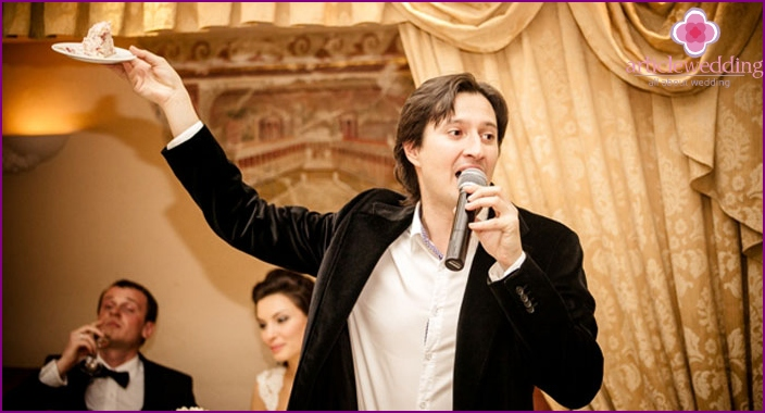Toastmaster at the wedding in the Italian style