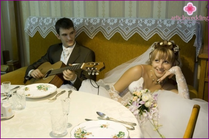 The entertaining part of the home wedding scenario