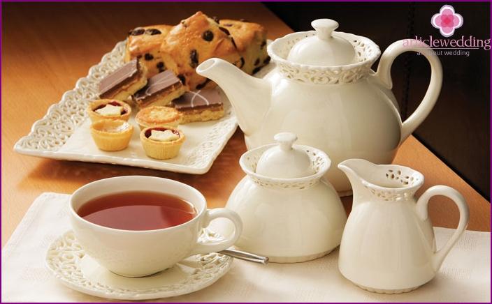 Tee trinken Brauch für 50 Jahre Ehe