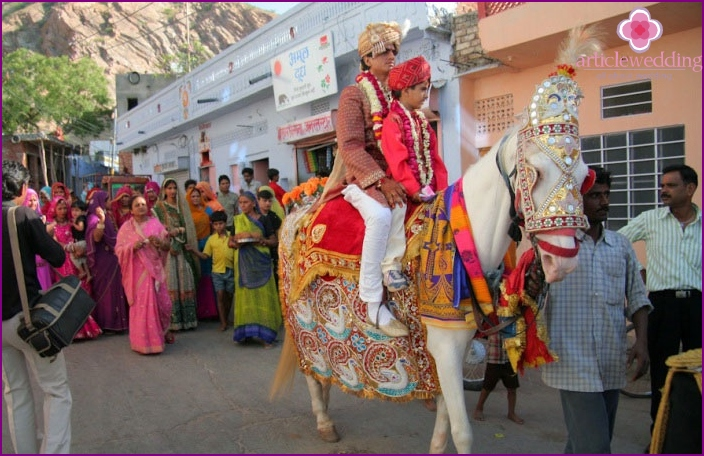 Tradition: groom on a white horse