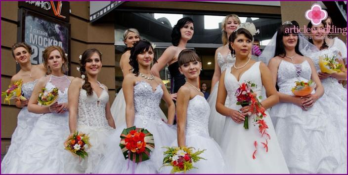 Hire a wedding dress