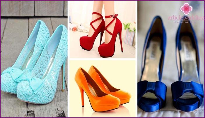 Farbige Schuhe für eine Feier