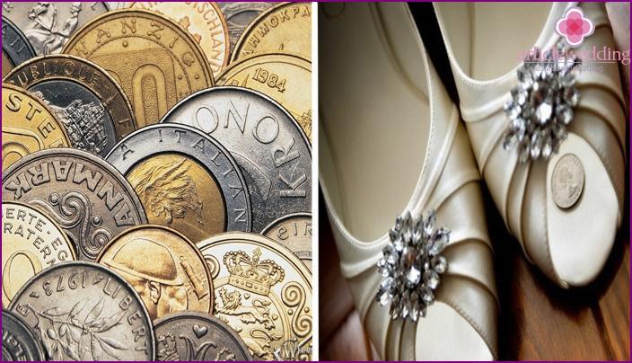 Münzen als gutes Zeichen für Hochzeitsreisende