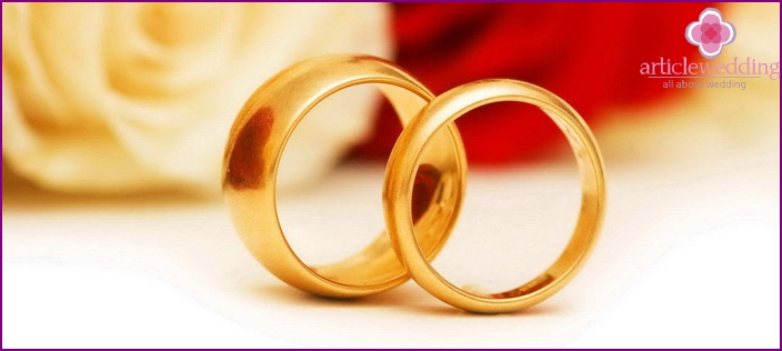 Wearing Wedding Rings: Traditions