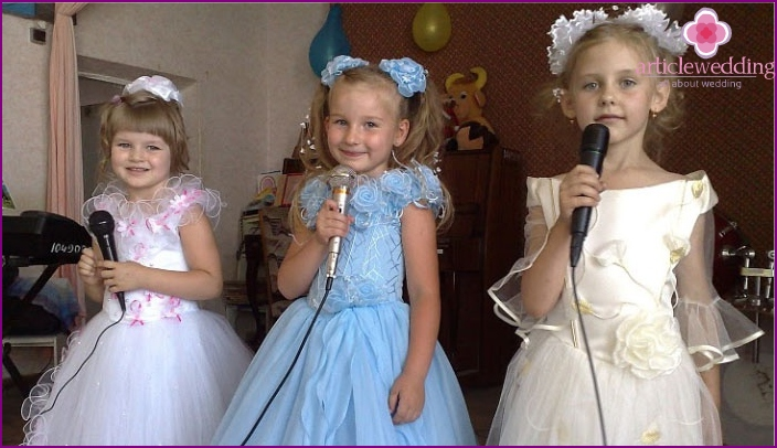 Greetings from granddaughters at a diamond wedding
