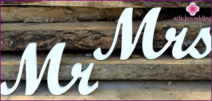 The lettering of the wedding photo shoot