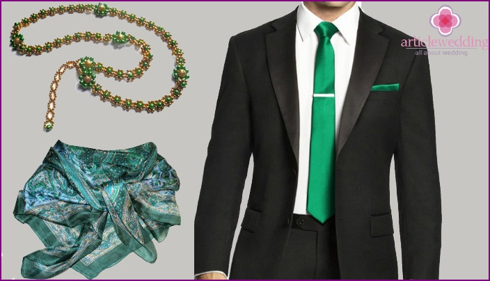 Emerald Anniversary Clothing Details