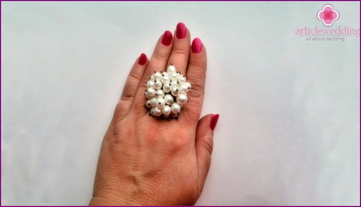 Ring with pearls for the 30th wedding anniversary