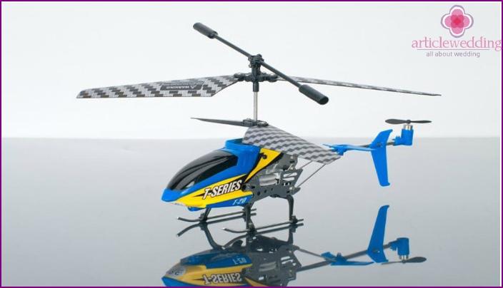 Radio-ohjattava helikopteri
