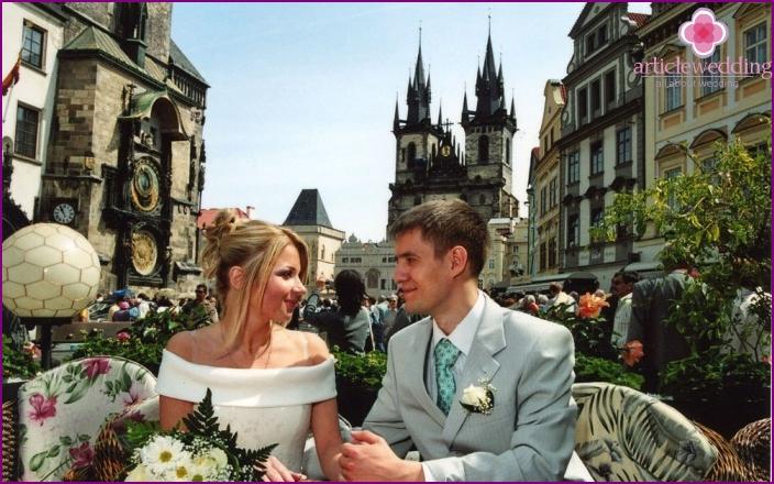 Organization of a wedding trip in Europe