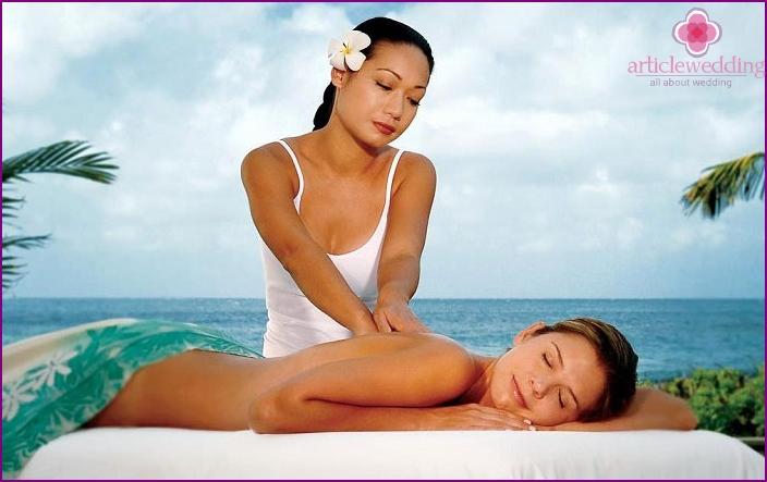 Massage for honeymooners