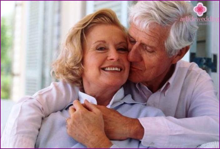 Husband says wife kind words on anniversary