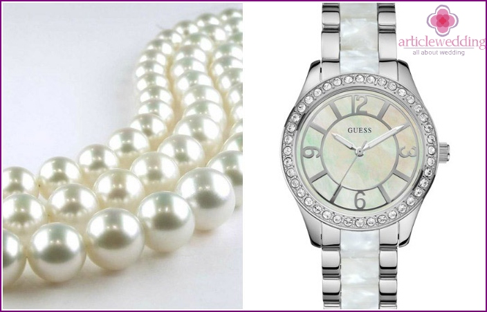 Mother of pearl watch and pearl necklace