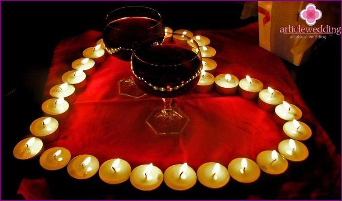 Kupferhochzeit: ein romantischer Abend bei Kerzenschein